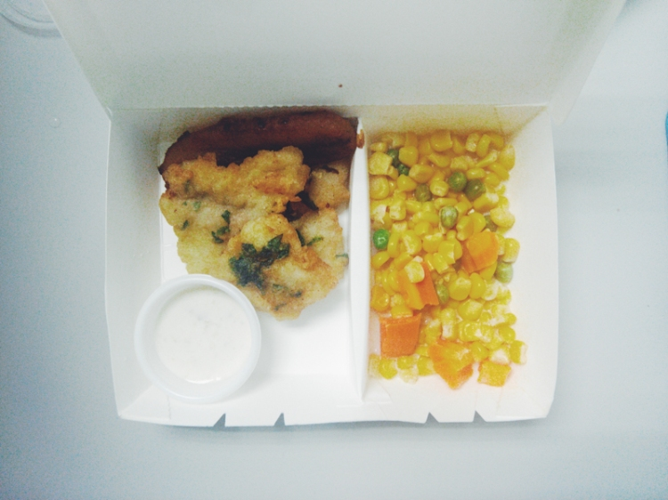 Fish Fillet with Tartar Sauce; Buttered Corn, Carrots and Peas (PHP 70 with rice)